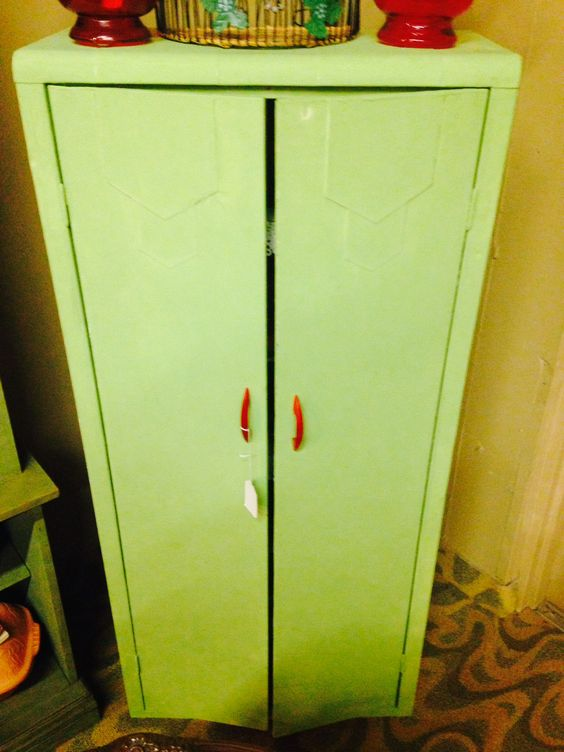 Lexi locker - turquoise to match chifferobe knobs