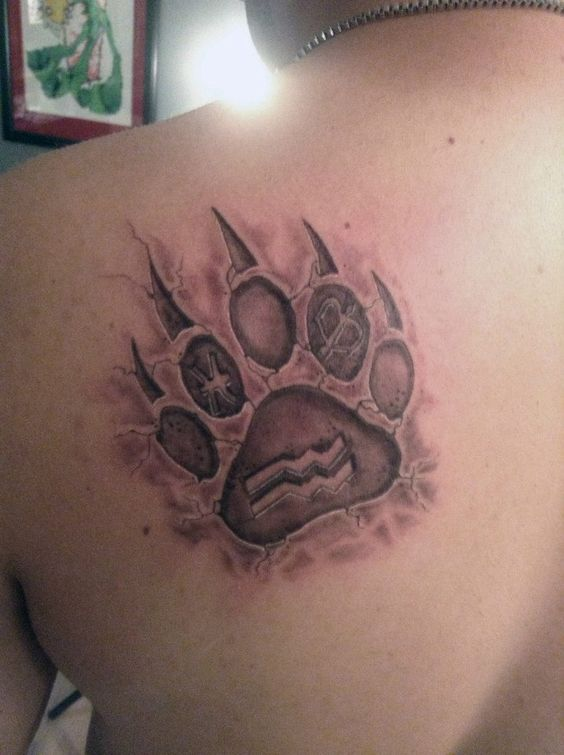 Bear paw tattoo at inzane artworks tattoos pinterest for Pictures of bear paw tattoos