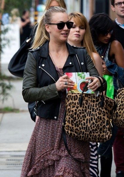 Kaley Cuoco goes to Vintageweave for Haylie Duff's cookbook signing.  (October 26, 2013)