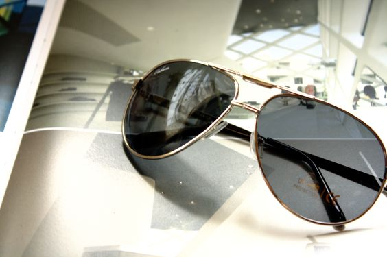 We love the Cabana Sunglasses! Its suitable for almost everyone, even for an architect working for inspiration!