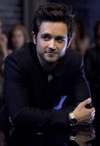 """Justin Chatwin (shameless) a little """"pretty boy"""" for me, but I like his face"""