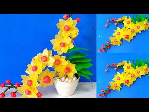 Cara Mudah Membuat Bunga Anggrek Kuning Unik Dari Plastik Kresek Youtube Anggrek Kerajinan Botol Bunga