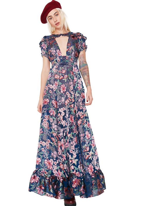 For Love & Lemons Flora Maxi Dress will have ya lookin' gorgeous af! This floral maxi dress has a cutout deep v neckline, ruffle trim details, and a back zipper closure.