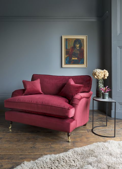 The 5 Golden Rules For Buying A New Sofa Moody Living Room Loveseat Living Room Burgundy Living Room