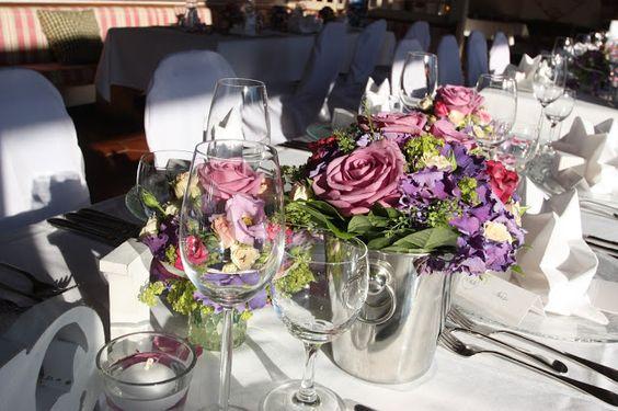 Hochzeitstafel in Lila, Pink und Rosa