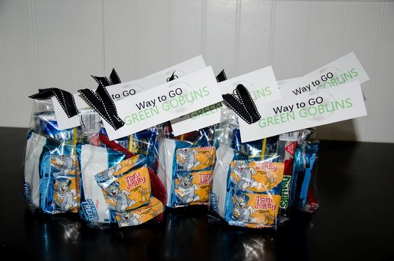 Soccer Game Treat Bags: Team Treat, Soccer Treat, Snack Ideas, Gift Ideas, Game Treats, Ideas Soccer