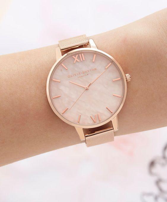 Modelo de relógio feminino Rose Gold