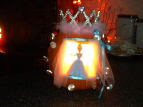 DIY Cinderella Jack-O-Lantern