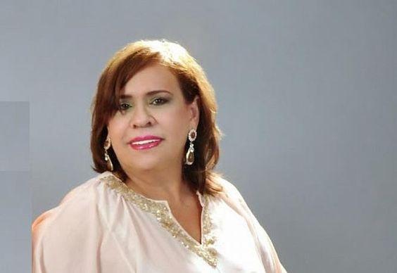 Mirna Pimentel abraza labor social