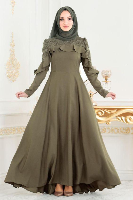 Nayla Collection Firfirli Haki Tesettur Elbise 42410hk Elbise Mankenler Moda Stilleri
