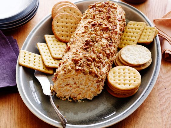 Ranch dressing cheese log recipe cheese log pecans for Trisha yearwood cheese straw recipe