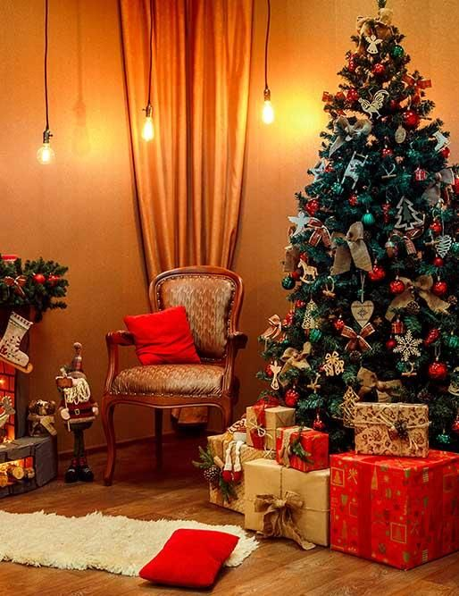 24 Latest Hottest Christmas Trends For 2020 Pouted Com Christmas Tree And Fireplace Christmas Fireplace Christmas Tree Wallpaper