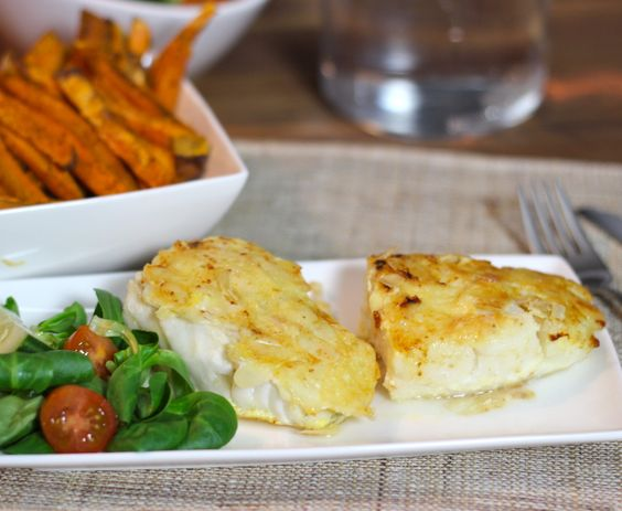 Kabeljauw in amandel-kaas jasje en zoete aardappel friet3