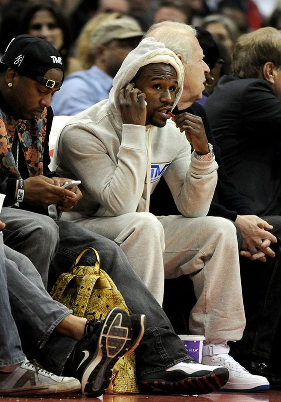 floyd mayweather wearing nike air force 1 high celebrity