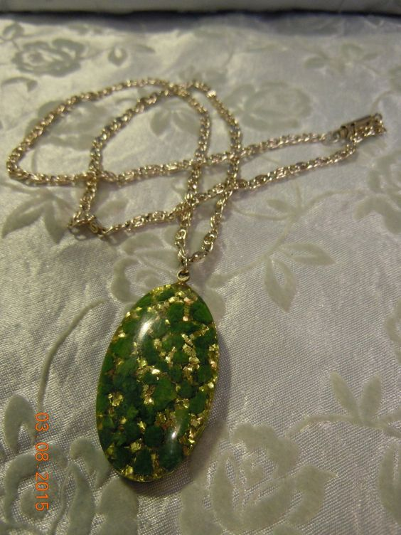 Beautiful Vintage Reversible Green & Glitter Design Pendant by Peggysvintage on Etsy