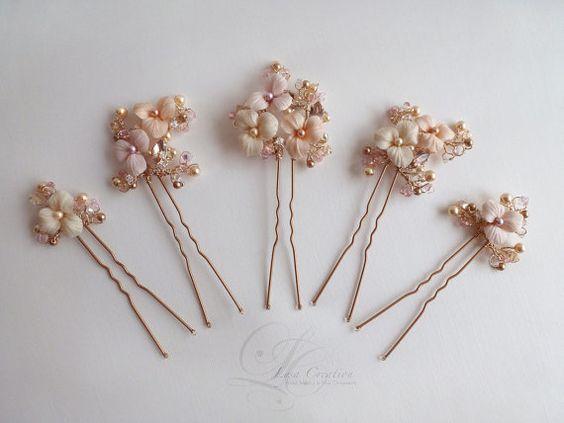 Epingles à Chignon Mariage Bouquet Floral avec teintes de roses et Or, épingles cheveux mariage fleuries blush en cristal, ornement cheveux