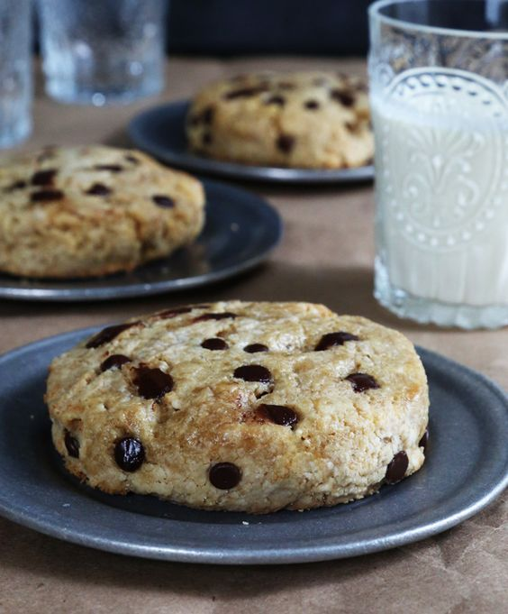 Flaky Paleo Chocolate Chip Scones 1 1/2 cups (168 g) blanched almond ...
