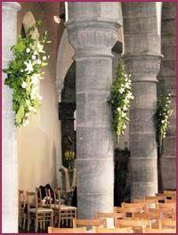 eglise colonne fleurie fleurs mariage pinterest. Black Bedroom Furniture Sets. Home Design Ideas