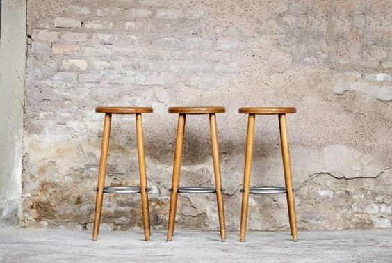 tabouret de bar en bois vintage esprit bistrot assises pinterest vintage et bar. Black Bedroom Furniture Sets. Home Design Ideas