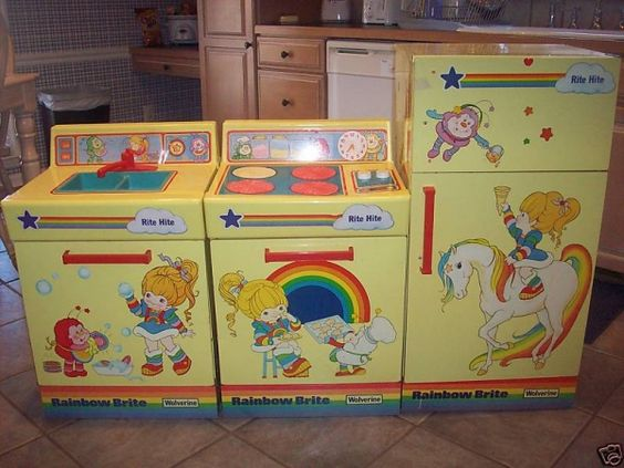 I Want One I Loved My Rainbow Brite Kitchen Set It Was Made Of Metal And Had Sharp Edges