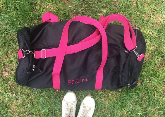 Carteras de moda y cuero para mujeres en PLUMSHOPONLINE.COM Leather and fashion womens handbags #bags #bag #moda #clutch #outfit #duffle - maletin weekend