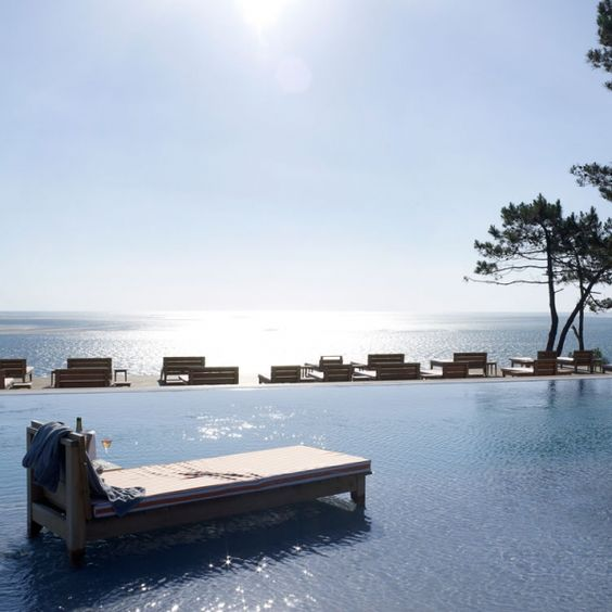 Dune philippe starck and articles on pinterest - Restaurant la corniche a arcachon ...