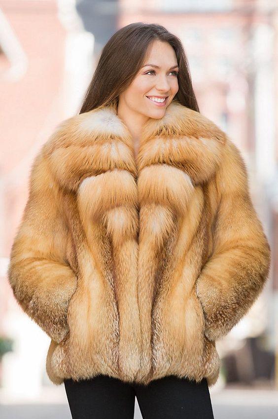 Лучшая пушнина со всего мира. Элитные шкуры натурального меха с пушных аукционов. Пушной бизнес. Меха с аукционов. Брокерские услуги. Пушной брокер.    Fur auctions. Buying fur. Fur broker in all auctions...  #furonline #furtrade #furskins #furpelts #silverfox #furonline #furfashion #furbroker #furtrade #furbusiness