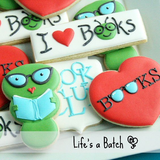 """Book Club cookies! This was a fast & fun set several weeks ago! I'm loving the """"librarian"""" glasses I added to @sweetsugarbelle's bookworms! #lifesabatch #decoratedcookies #sugarcookies #books #ilovebooks #bookclub"""