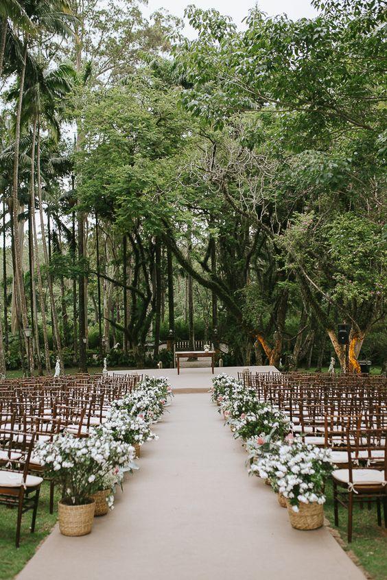 Boho alegre e contemporâneo em casamento na fazenda – Luciana