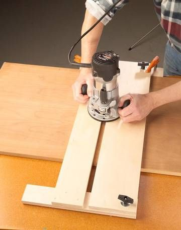 Cut perfect dado grooves with this jig. How to use your router and this jig for cutting dadoes. - Woodworker's Journal