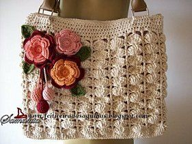 Crochet bag with diagram - this bag has a round bottom, I love it. It has the diagram for the flowers.#Repin By:Pinterest++ for iPad#