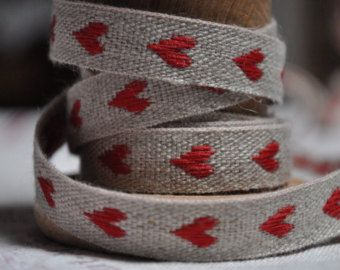 French Linen Hearts Trim - Red or White - 0.5 yard