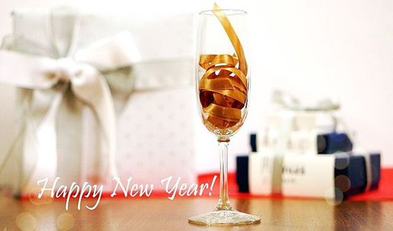 Cheers to the New Year! Start 2016 with a box of Poco Dolce Bittersweet Chocolates. Visit us at pocodolce.com #pocodolcesf #newyear #sanfrancisco