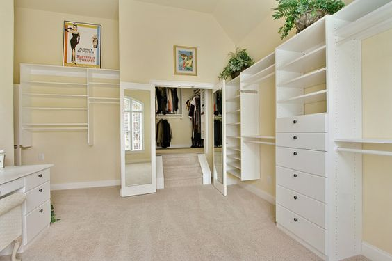 Converting Room Into Walk In Closet Closet Check It Out It Could Be Converted Back To