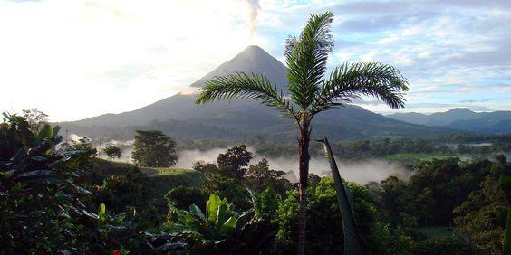 Mittelamerika, das ist Feuer, das ist Tanz, das ist Bewegung, Rhythmus, Natur, Kultur und Geschichte. Jetzt inspirieren lassen!