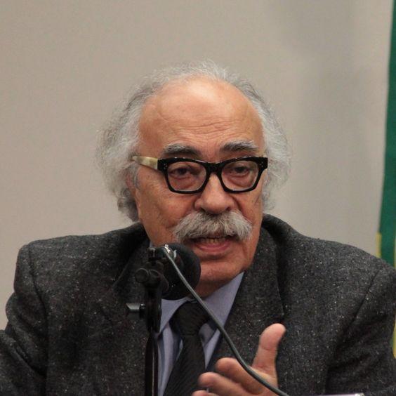 Janot é conselheiro federal do CAU/BR pelo Rio de Janeiro.