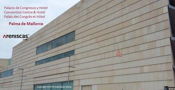 CALIZA CONDADO – Tras de varios retrasos, el Palacio de Congresos y Hotel en Palma de Mallorca, frente al mar, está a punto de ser finalizado. La inauguración está prevista en otoño.  Una obra singular diseñada por el arquitecto Francisco Mangado. Areniscas Stone ha suministrado 18.950 m2 de piedra.