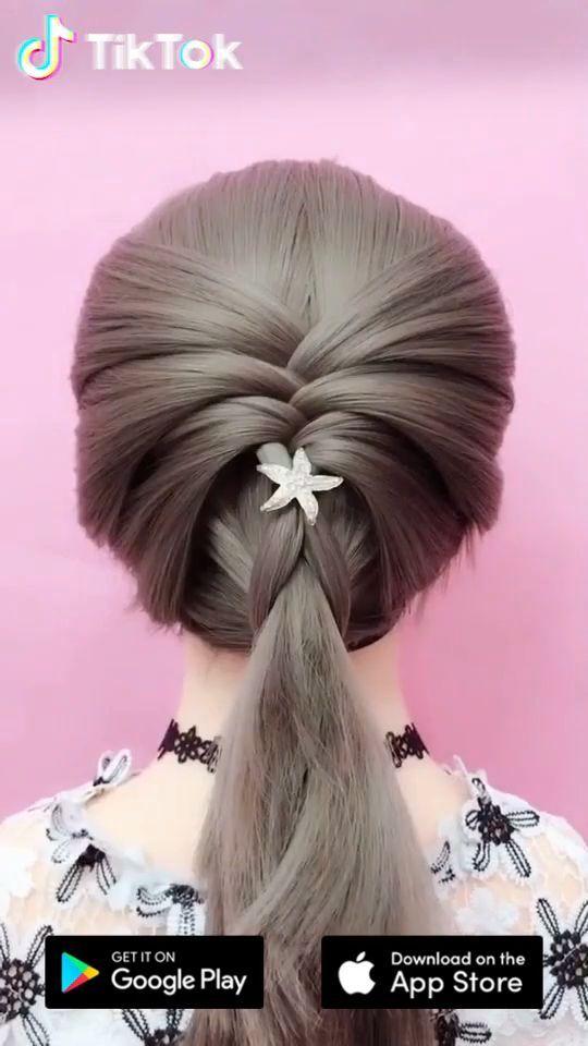 Super Einfach Eine Neue Frisur Auszuprobieren Laden Sie Noch Heute Tiktok Herunter Um Weitere Tolle Videos Einzigartige Frisuren Zopffrisuren Frisur Ideen