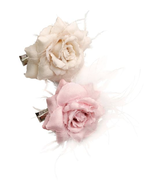 Add a feminine touch with these feather & fabric rose hair clips. | H&M Pastels