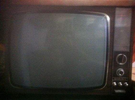 Televisore autovox anni 70