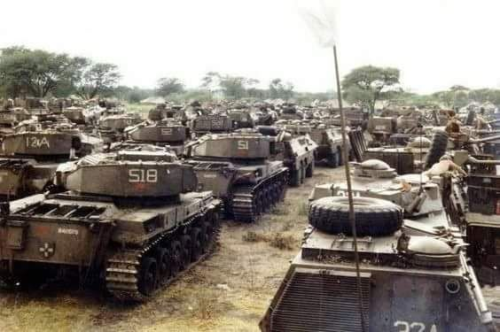 South African Olifant MK1a tanks and Ratel IFVs at Mavinga Angola 1987. SADF preparing for Operation Hooper successfully driving Angolan and Cuban troops West of the Lomba river [564x375]