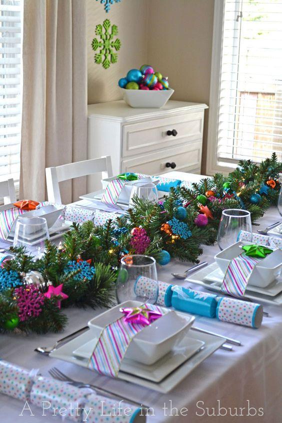 A Colourful Christmas Table!: