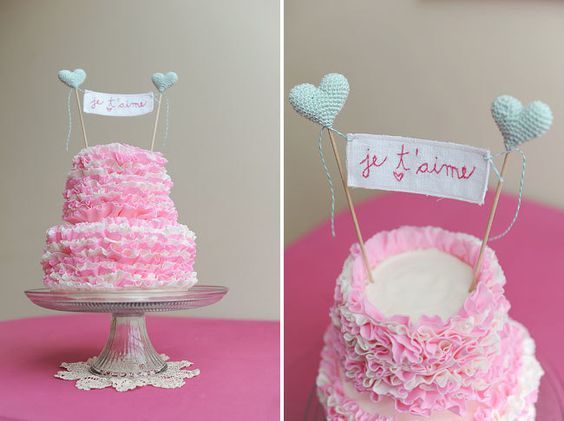 Featured on Green Wedding Shoes Mint Wedding Cake Topper Je T'aime Sign with Crocheted Hearts Made to Order by Cherrytime on Etsy