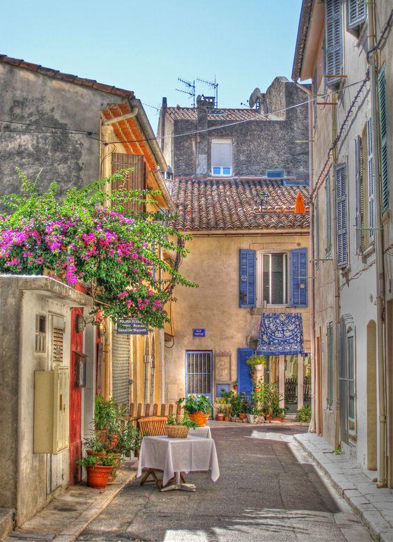 The fishing village of Cassis in Provence.  ASPEN CREEK TRAVEL - karen@aspencreektravel.com