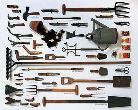 Coleccion de herramientas de jardineria.
