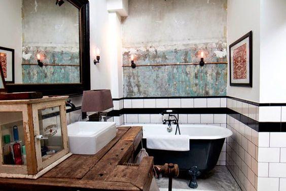baño estilo industrial bañera negra y blanca mueble bajo lavabo rútico madera banco trabajo