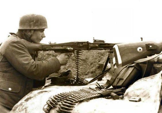 Falchirmjaeger 1942