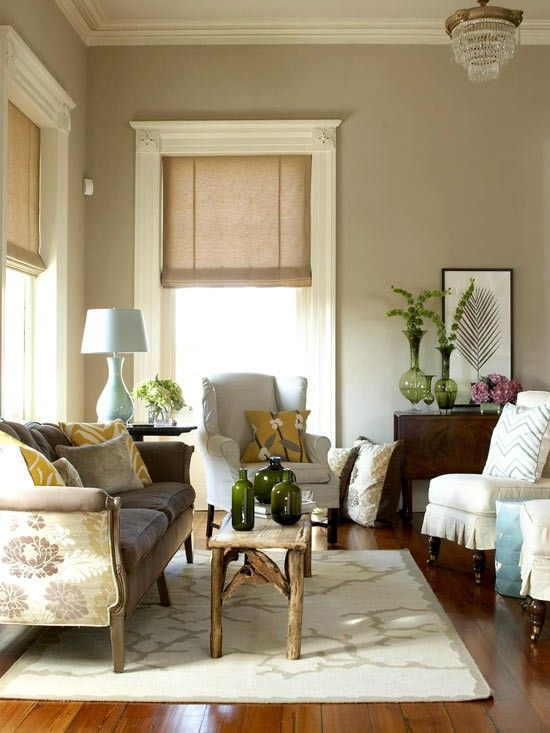 love love love the huge cream moulding with the taupe walls love