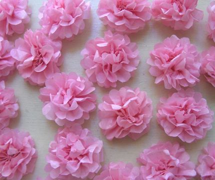 tissue paper flowers--Abby wants to decorate for her birthday with tons of paper flowers