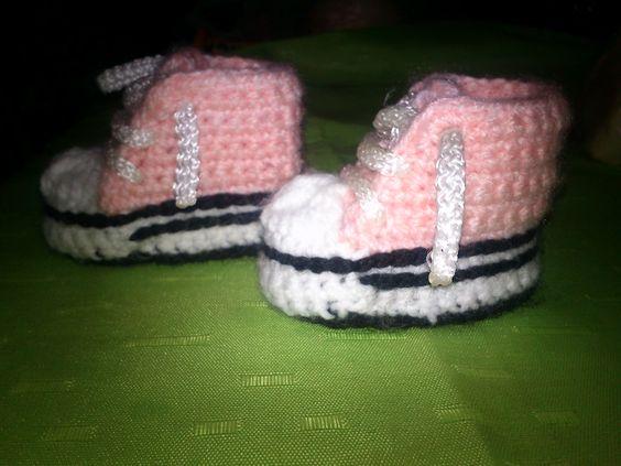 Zapatillas tipo converses para bebe